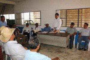 Entrega de apoyo a productores de sorgo (2)