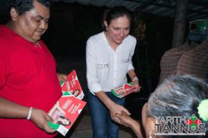 ADULTOS MAYORES RESPALDARON SU PROPUESTA DE TRABAJO DE LA CANDIDATA YARITH TANNOS