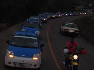 Los taxistas y transportistas de MarÃ-a Lombardo le refrendaron su apoyo para hacerla diputada federal por el VII distrito electoral